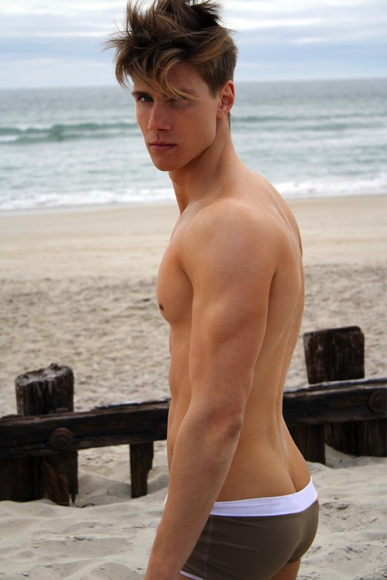Nude Beach Boy Dorian Reeves (2)