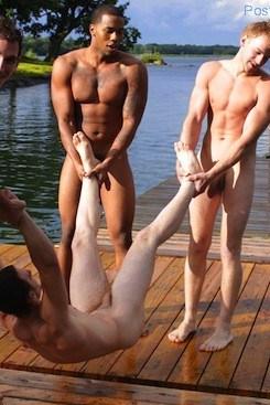 Hot Guys Skinny Dipping (2)