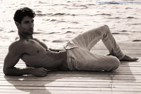 Sexy Alejandro Salgueiro By Thomas Synnamon (7)