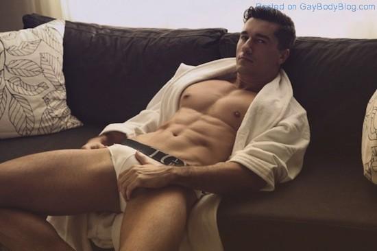 Jay Roberts Nude - Thomas Synnamon (3)