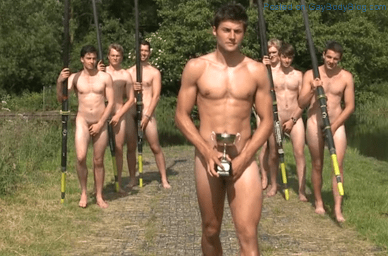 Warwick Rowing Team Naked For Charity (6)