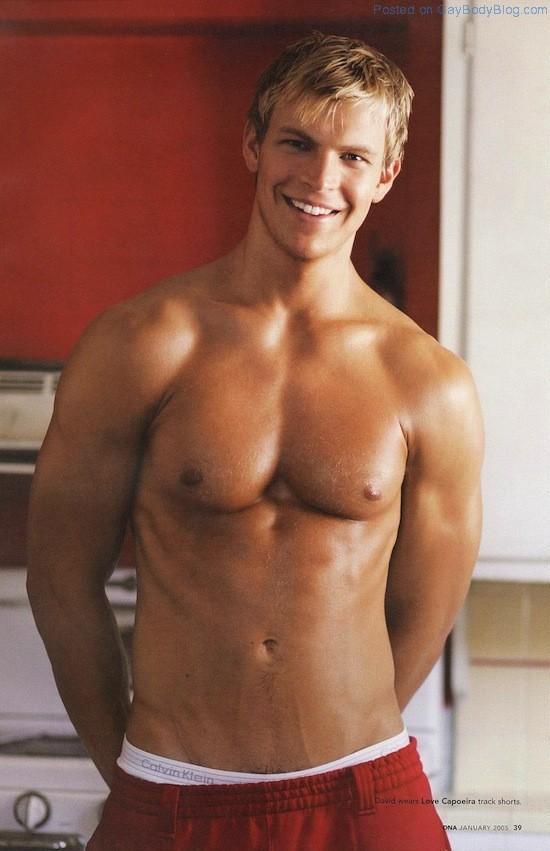 Sexy David Rich Naked (1)