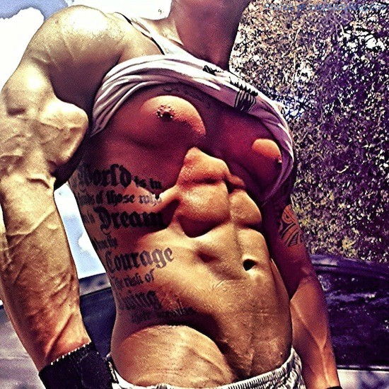 Ripped Muscle Hunk Alan Valdez (2)