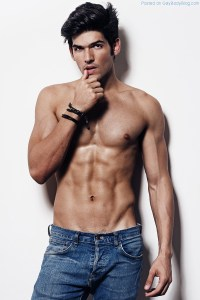 A Little More of Lucas Fernandes