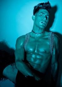 Fit Model Aaron Valenzuela