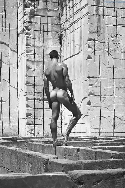 amazing-images-of-sexy-men-by-mariano-vivanco-1