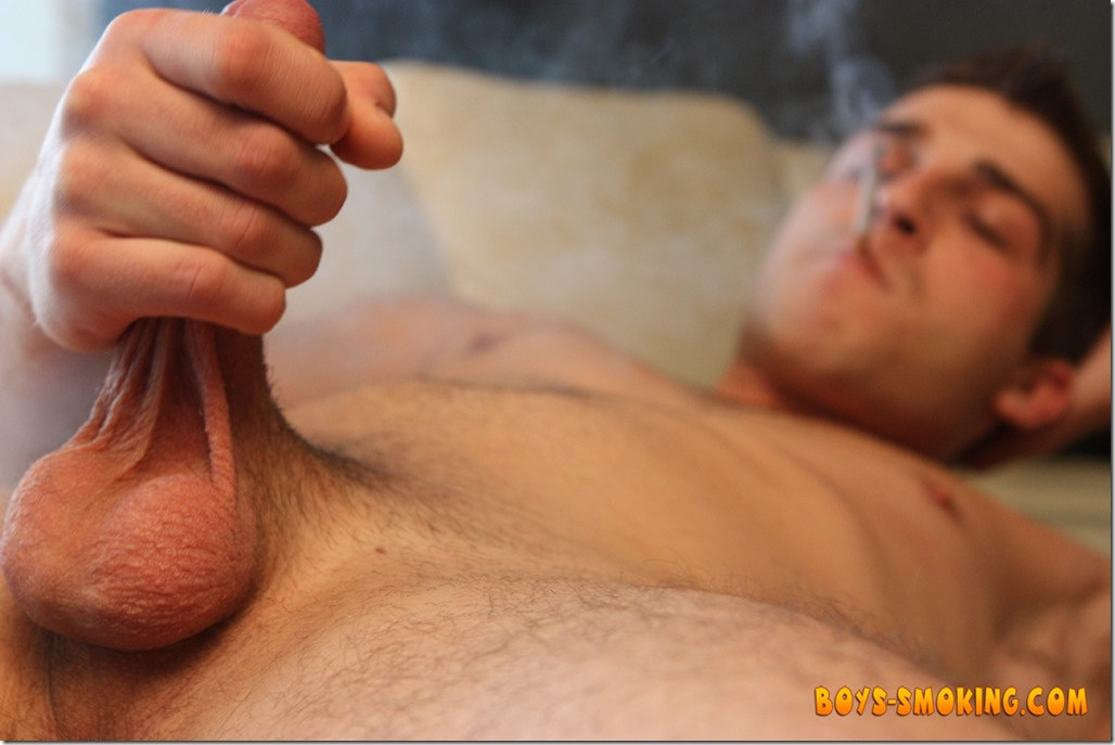 smoking Austin Ried Chainin (13)