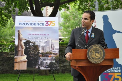 Mayor Angel Taveras speaking at the Providence 375 kick-off event at Roger Williams National Memorial Park