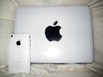 iPhone and Macbook Mini 9