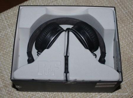 Gear Diary iLuv RF Headphones 036