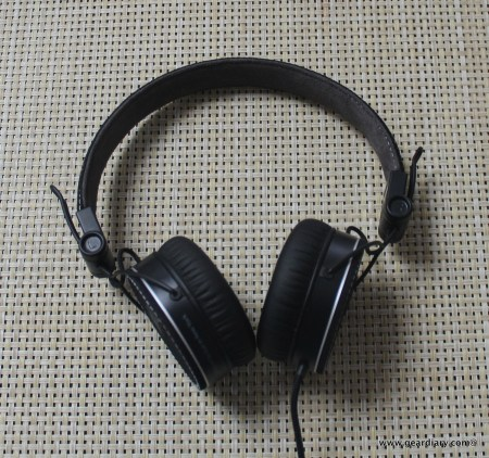Gear Diary iLuv RF Headphones 056