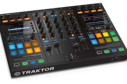 Dutch webshop bax-shop shows the new NI Traktor Kontrol S5