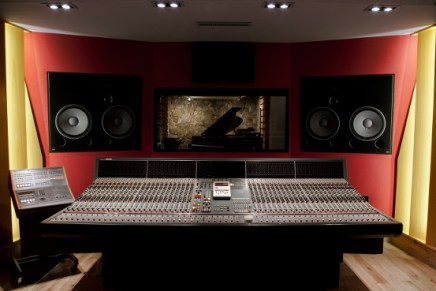 Question de Son studio Paris Choose Amadeus for Acoustics and Monitoring