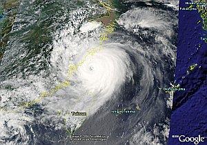 Typhoon Saomai in Google Earth