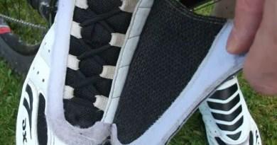 Peekaboo laces