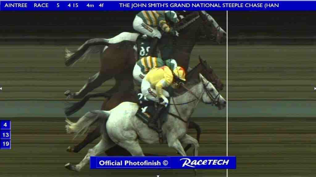 Grand National 2012 photo finish
