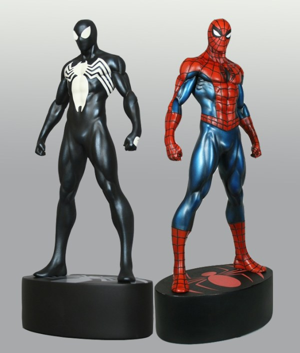 Spider-Man Statue 1