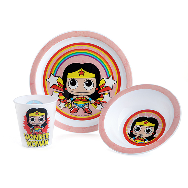 Batman and Wonder Woman Dinnerware Sets