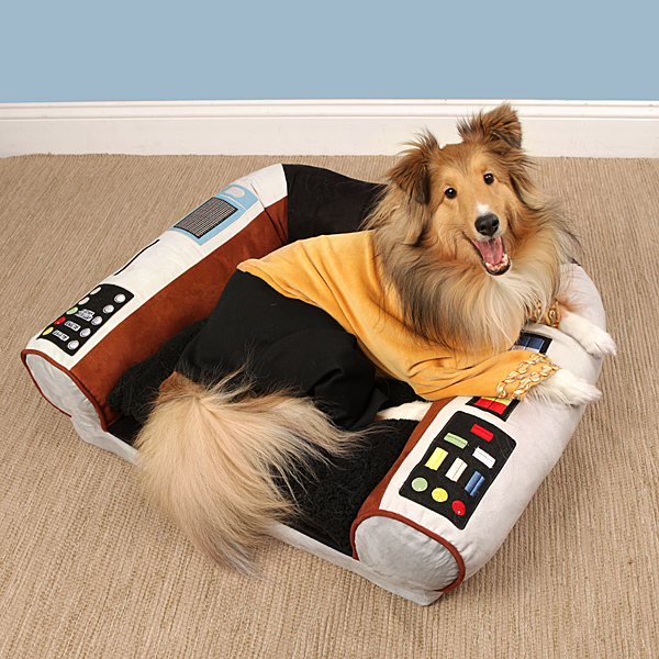 Star Trek Pet Bed With Dog - Geek Decor