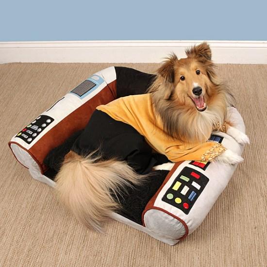 Star Trek Pet Bed With Dog - Geek Decor