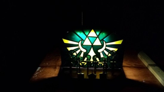 Zelda Triforce Nightlight Front - Geek Decor