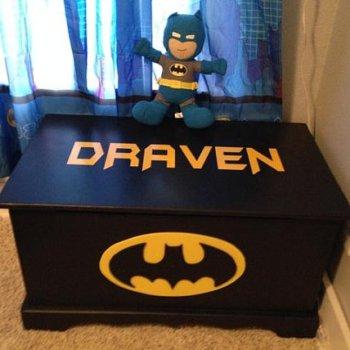 Batman Bedroom Toy Box - Geek Decor