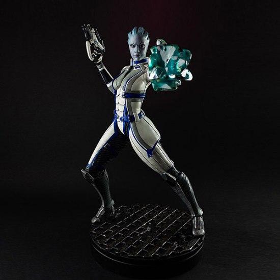 Liara Mass Effect 3 Statue - Geek Decor