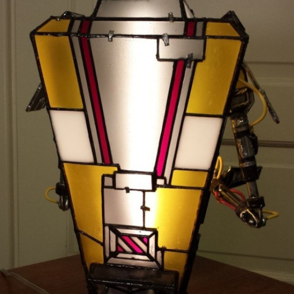 Claptrap Lamp - Back - Geek Decor