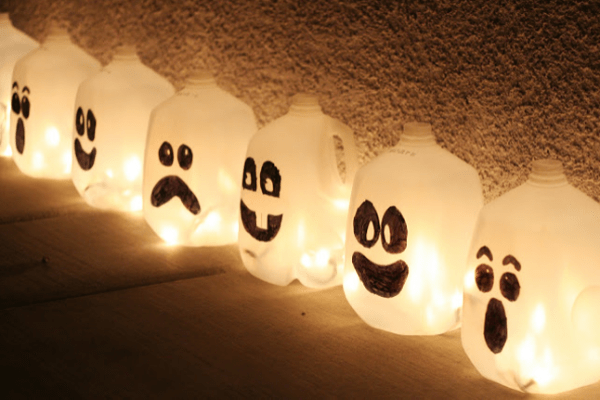 DIY Halloween Tutorials - Ghost Jugs - Geek Decor