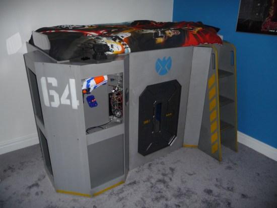 Helicarrier Bed - Hackaday - Geek Decor