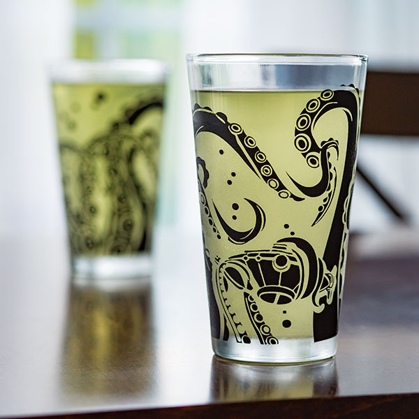 Tentacle Pint Glasses - Details - Geek Decor