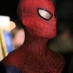 Amazing-Spider-Man-Costume-Close-Up-570x747