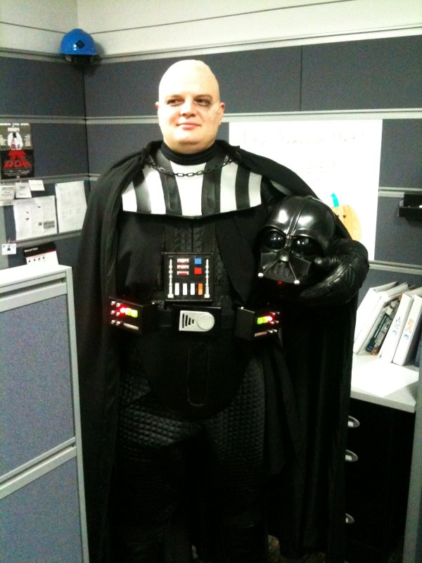 Snowy the Geek - Darth Vader