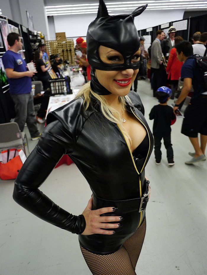 Scarlett James as Catwoman at Montreal Comic Con 2012