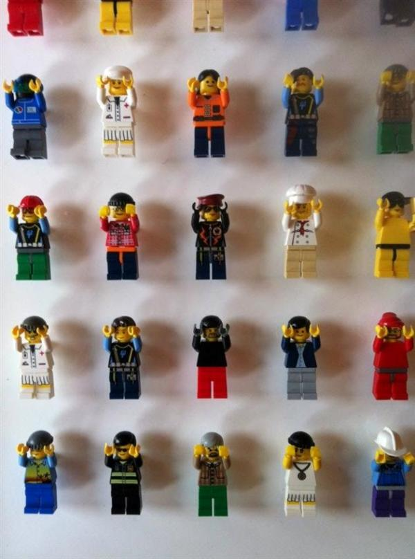 1200-Minifigure-LEGO-Office-Wall-by-Acrylicize-7