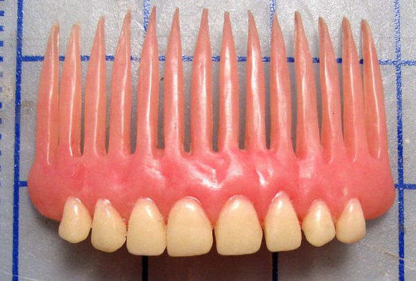dentures hair comb