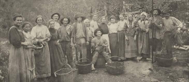 Família de Albino Postali e Rosa Frizera Postali_ Caxias do Sul _ 1911_ Foto de Primo Postal