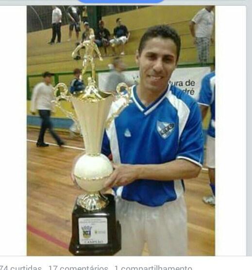 José Erlanio Freires Alves, 36 anos, jogou futebol profissionalmente e era pai de 4 filhos. Foi morto pela PM de SP hoje (13/01) quando ia para o trabalho