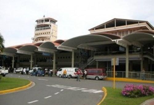 Un pasajero murió en el vuelo 437 de Jet Blue, procedente desde la ciudad de Nueva York y que aterrizó en el aeropuerto Cibao
