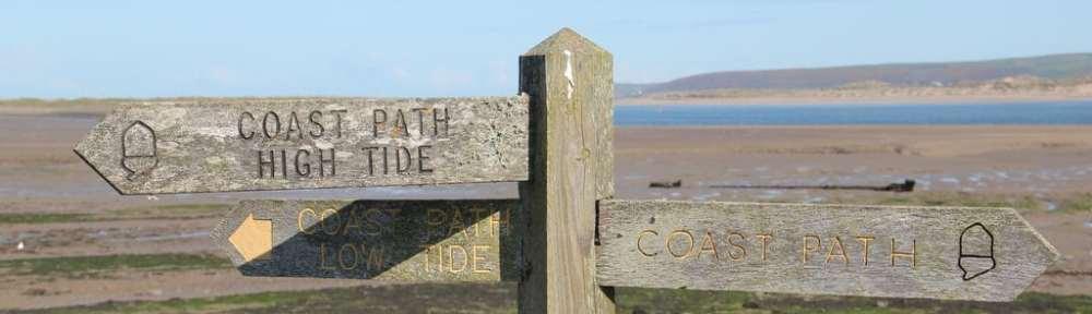 High Tide, Low Tide sign