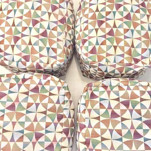 Puff nórdico tela geométrica - SQUARE