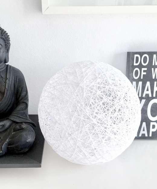 Lámpara de mesa esfera estilo nórdico SPHERE