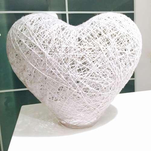 lámpara de suelo o mesa corazón hecha a mano artesanal