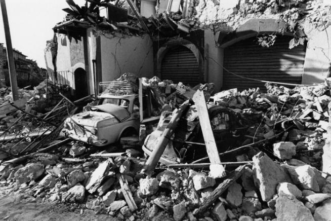 Irpinia-Basilicata, 35 anni fa il tragico terremoto che sconvolse l'Italia