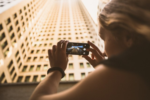 how to sell your photos with your smartphone and make money