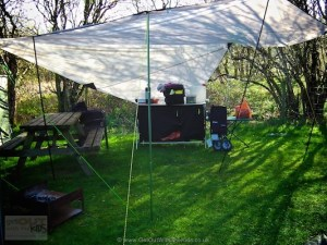 Using the High Peak Tarp 2 as a kitchen shelter when camping