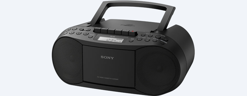 SONY CD CASSETTE BOOM BOX WITH RADIO   CFDS70BLK