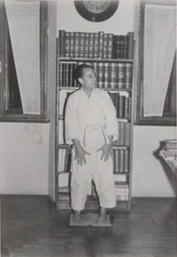 1958 – via Aquileia 70 con il chimono di Franco
