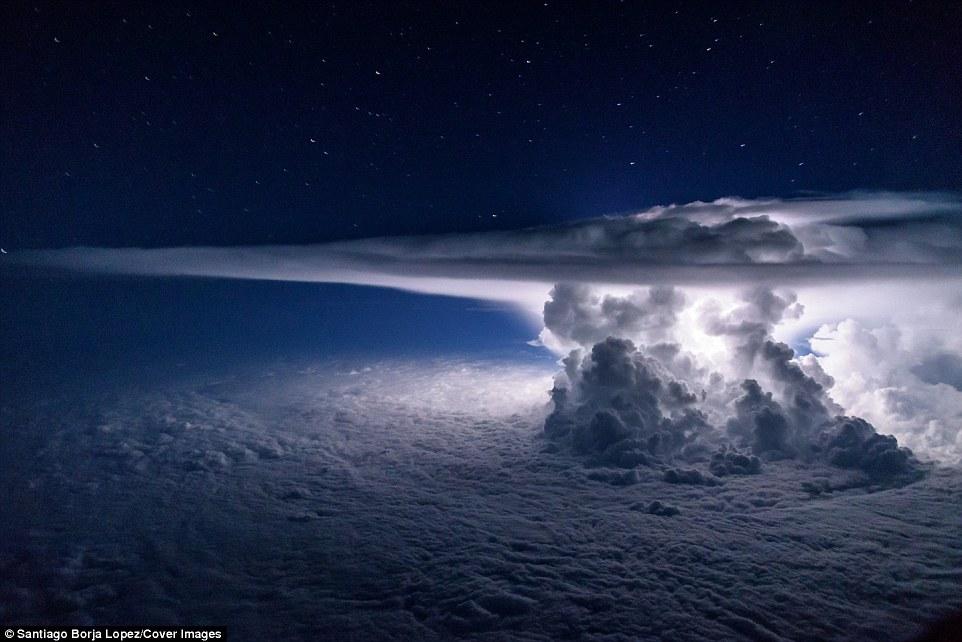borja lightning1
