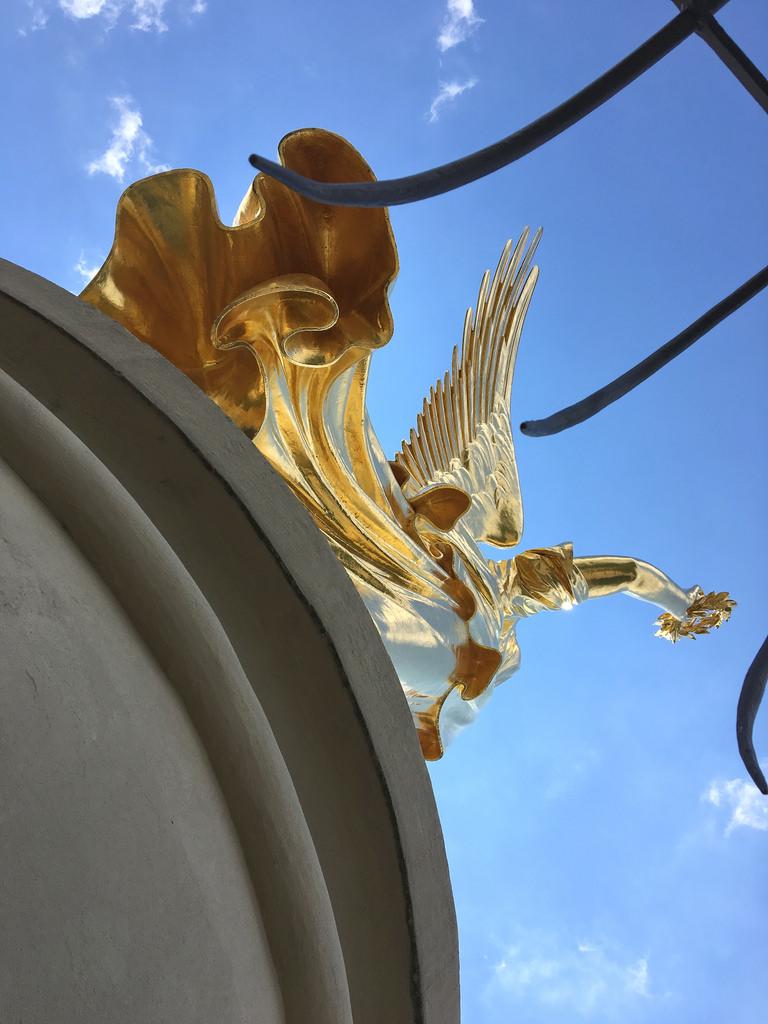 siegessäule wings
